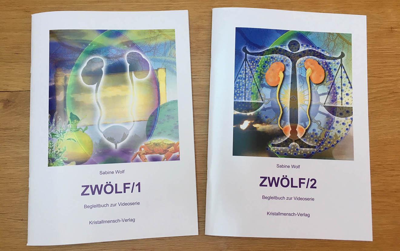 ZWÖLF-Handbücher